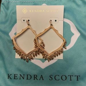 Kendra Scott Lacey Earrings